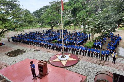 Giải Nhì cuộc thi hát Quốc ca-Đoàn ca-Hội ca cấp trường, chi đoàn 11B5.